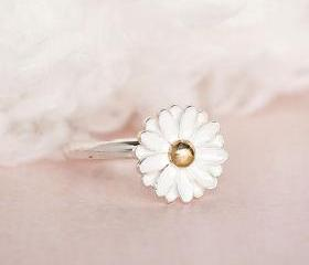 White Daisy Flower Ring, Nature Woodland Inspired, Adjustable Ring Size