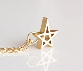 Gold Star Charm Neck..